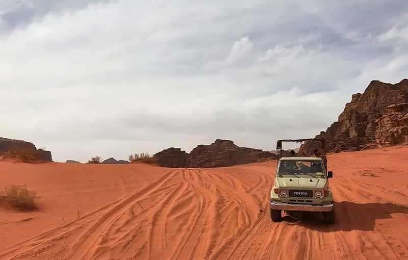 wadi rum jeep tours